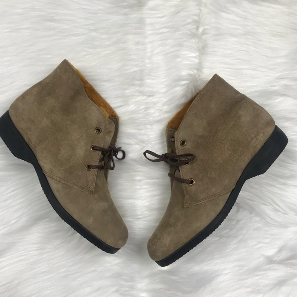54190ec56333a NEW Vintage Hush Puppies Ankle Boots Size 7